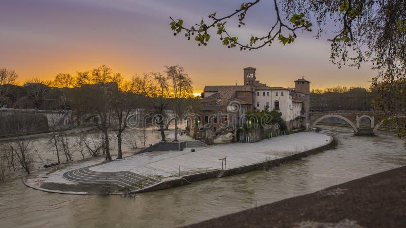 Isola Tiberina em Roma fotografia de stock royalty free