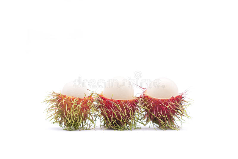 Isolado fresco dos rambutans no fundo branco fotos de stock