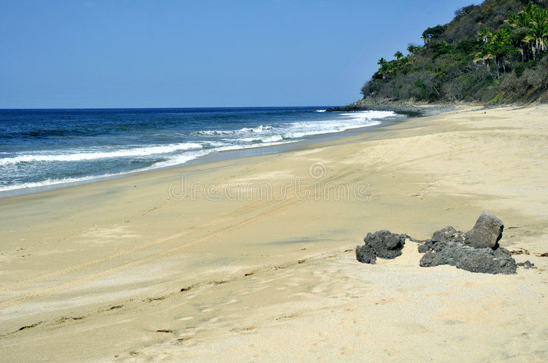 Download Isolated Beach On The Pacific Coast Of Mexico Stock Photo - Image: 8643714