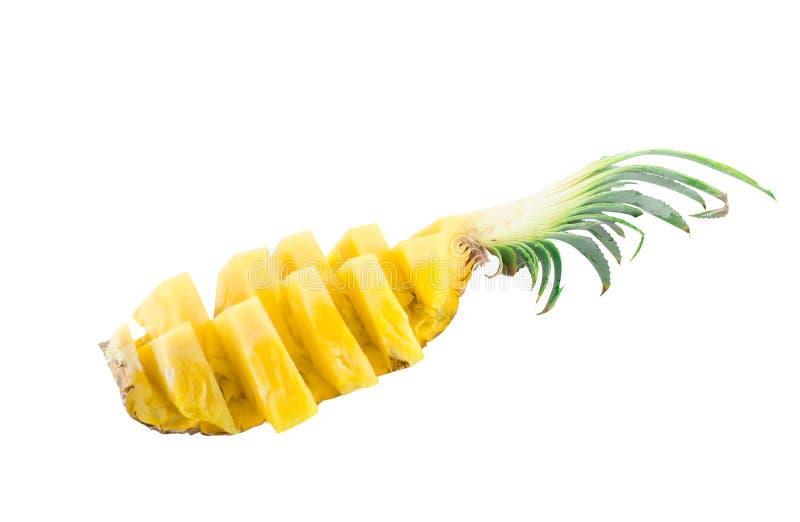 Isolato della fetta e dell'ananas su bianco con il percorso di ritaglio immagini stock libere da diritti