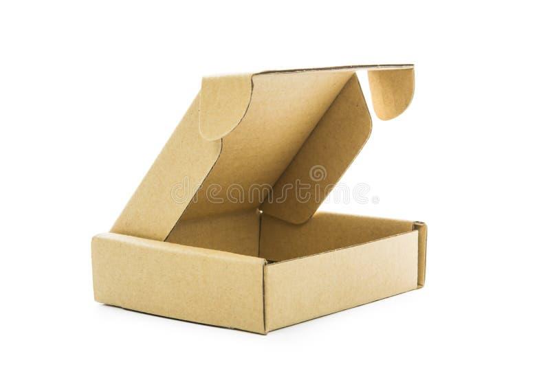Download Isolato Marrone Del Contenitore Di Cartone Immagine Stock - Immagine di scatola, cartone: 55359525