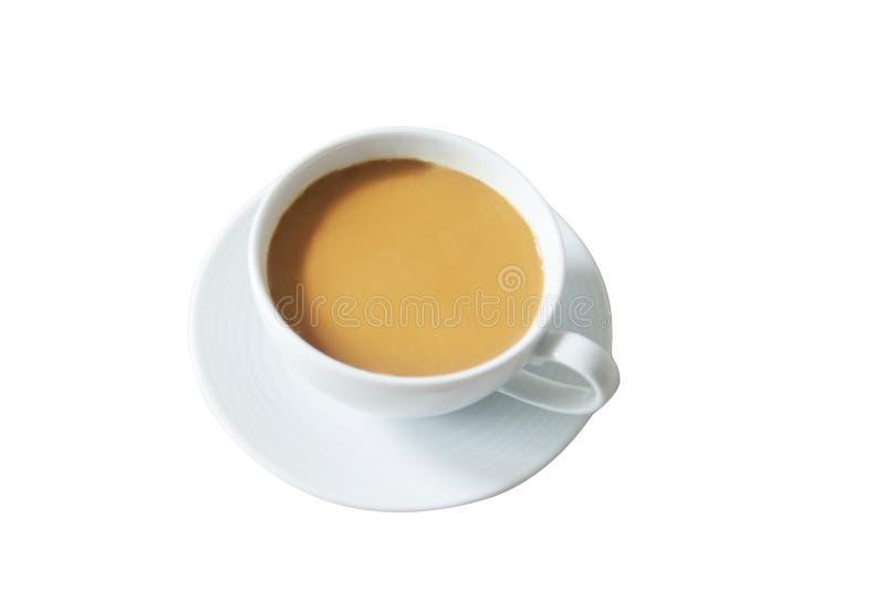 Isoleer Hete Latte in witte mokkop op hoogste mening vers Latte klaar te dienen Hete koffie in ceramisch glas stock foto's