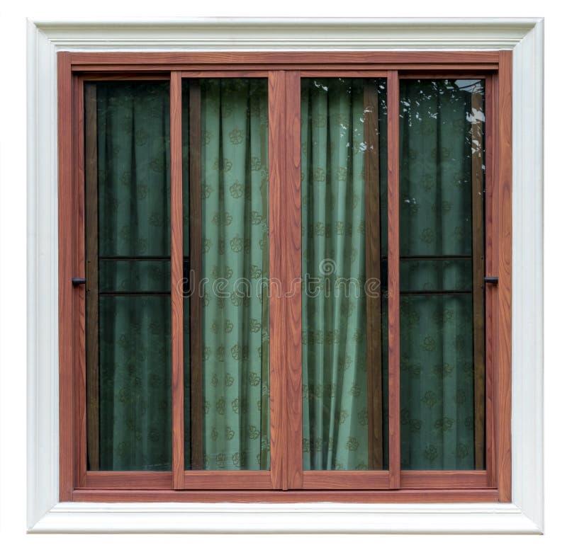 Isolera träfönstret i konkret ram med gardinen arkivfoton