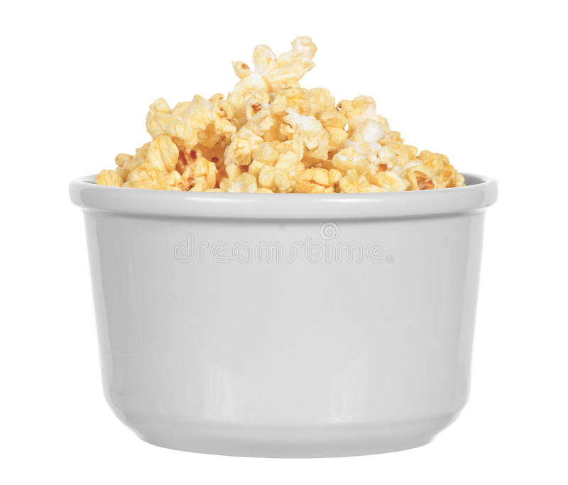 Isolerad bunke av buttery popcorn arkivbilder