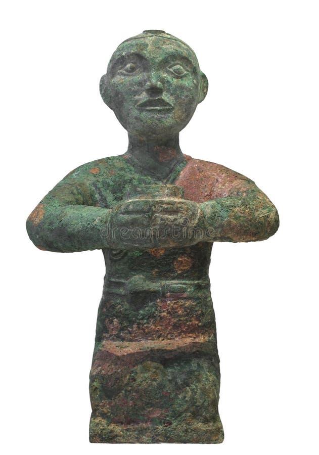 Isolerad forntida staty av den kinesiska manen. arkivbild