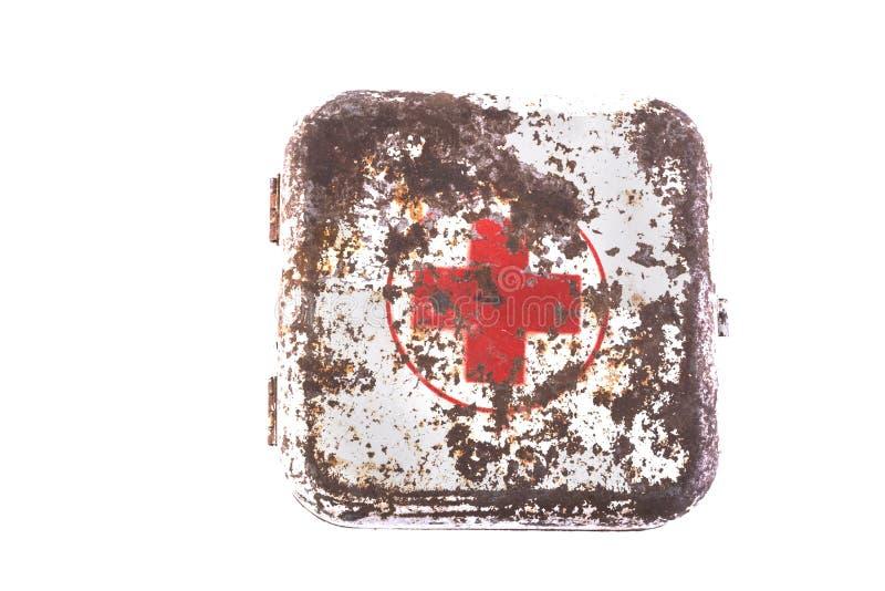 Isolerad gammal medicinbröstkorg royaltyfria bilder