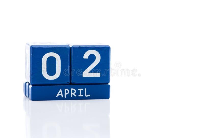 Isolerad kub för evig kalender royaltyfri foto