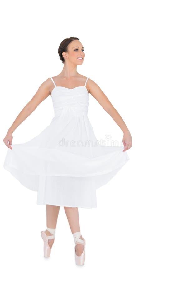 Isolerad lycklig ung balettdansör royaltyfri foto