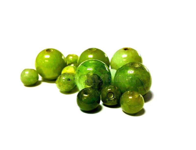 Isolerade jadepärlor royaltyfria bilder