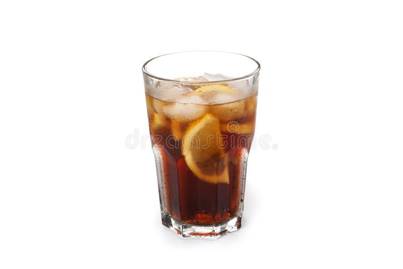 Isolerat exponeringsglas av kall cola royaltyfri bild