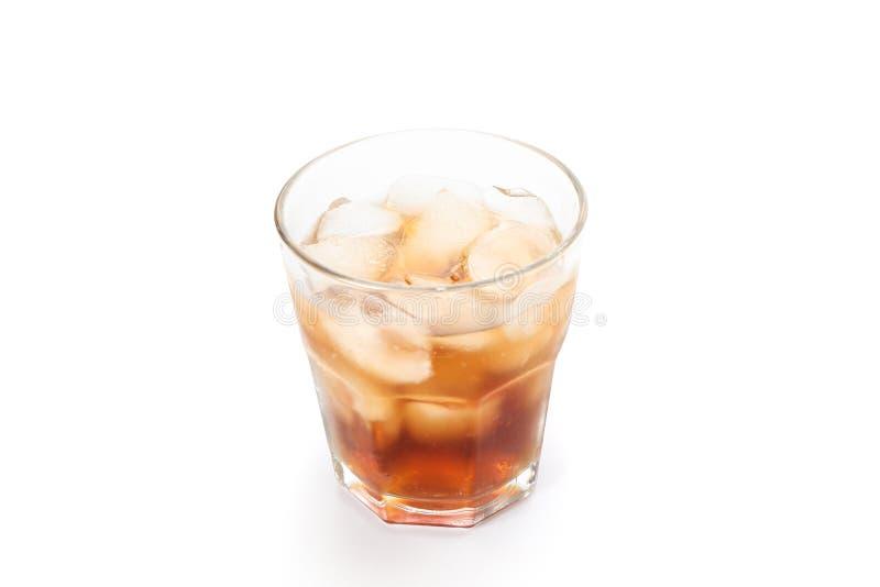 Isolerat exponeringsglas av kall cola royaltyfria foton
