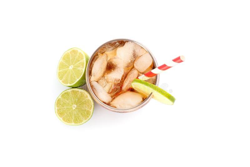 Isolerat exponeringsglas av kall cola arkivfoton