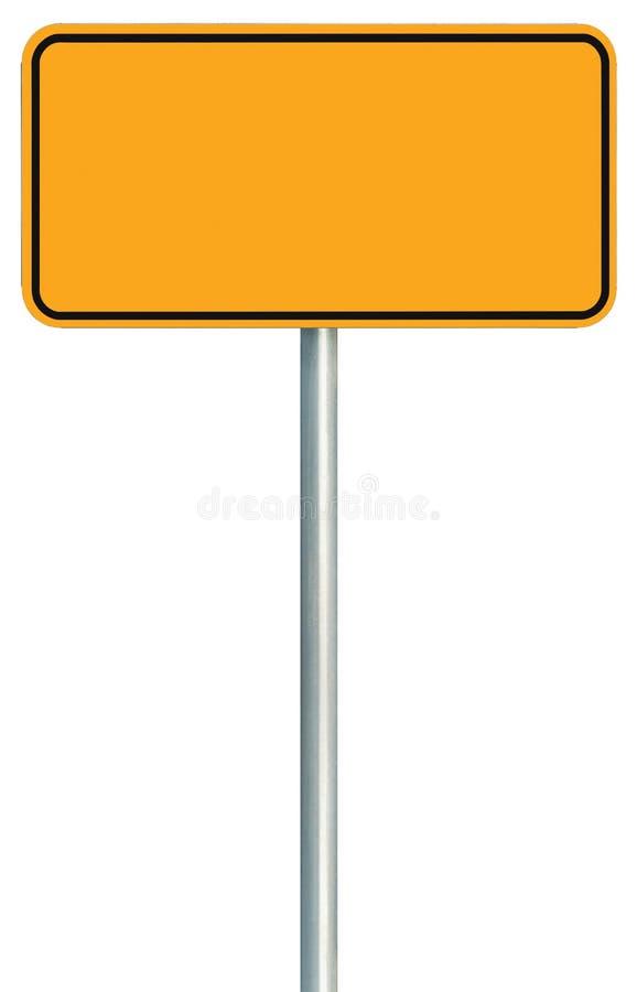 Isolerat tomt gult vägmärke, stort varningskopieringsutrymme, Signage för trafik för svart Pole för skylt för ramvägrenvägvisare  arkivbild