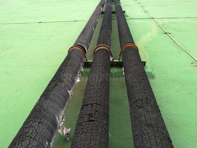 isolierung Stahlrohr mit Hitze lizenzfreie stockbilder
