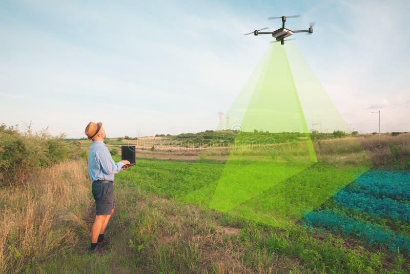 ispezione infrarossa di agricoltura del fuco dei raccolti fotografie stock