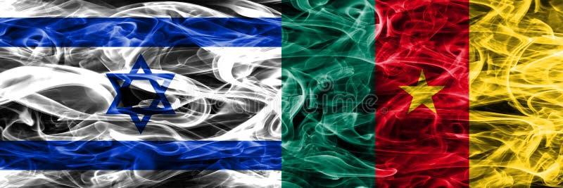 Israel contra las banderas del humo del Camerún colocadas de lado a lado Israelí y imágenes de archivo libres de regalías