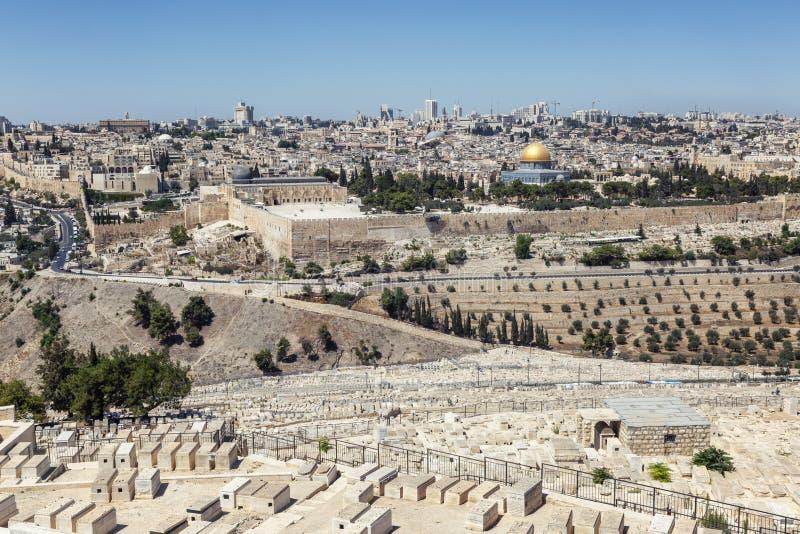 Israel, Jerusalem, 09/11/2016 Schöne Ansicht der alten Stadt in Jerusalem an einem hellen sonnigen Tag stockfotos