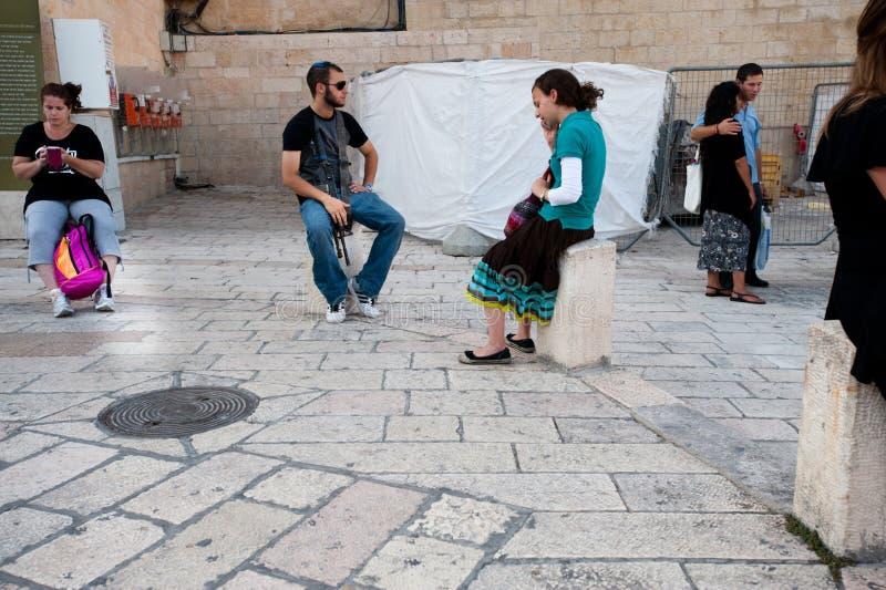 Israeli e assalto abundantes na parede ocidental fotos de stock royalty free
