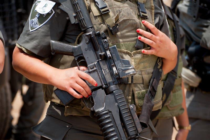 Israelischer weiblicher Soldat lizenzfreie stockfotografie