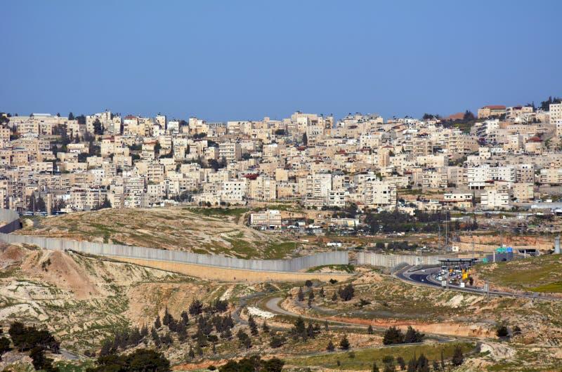 Israelisk Västbankenbarriär royaltyfri foto