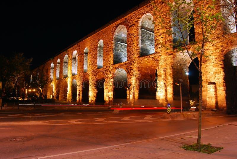 Istambul - aqueduto de Valens foto de stock