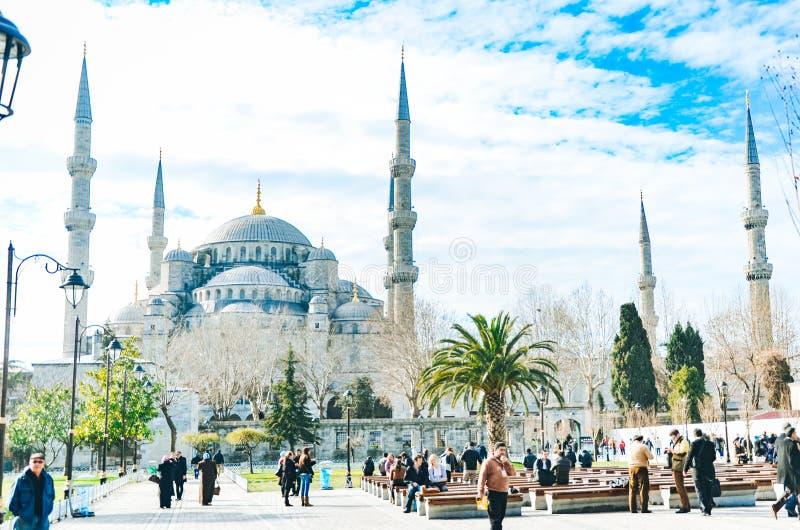 Istambul, Turquia - 18 de janeiro de 2013: Mesquita azul da mesquita de Sultanahmet em Istambul, Turquia imagem de stock royalty free