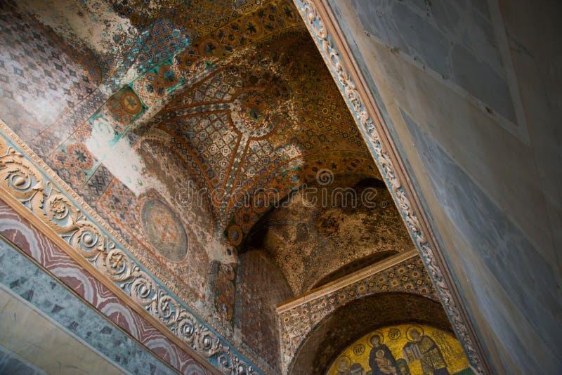 ISTAMBUL, TURQUIA: Interior de Hagia Sophia Ícone do mosaico em Hagia Sophia Virgem Maria e Saint Cultura bizantina imagem de stock