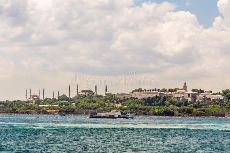 Istambul, Turquia, o 9 de junho de 2013: Construções icónicas fotos de stock