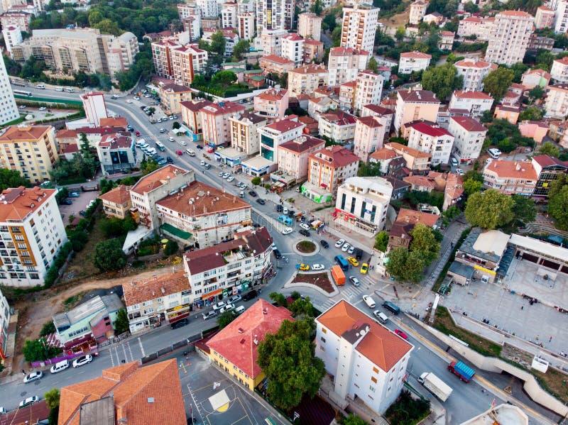 Istanboel, Turkije - Februari 23, 2018: Luchthommelmening van Ongeplande Urbanisatie Istanboel Kartal Yakacik royalty-vrije stock foto's
