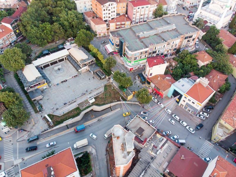 Istanboel, Turkije - Februari 23, 2018: Luchthommelmening van Ongeplande Urbanisatie Istanboel Kartal Yakacik stock foto