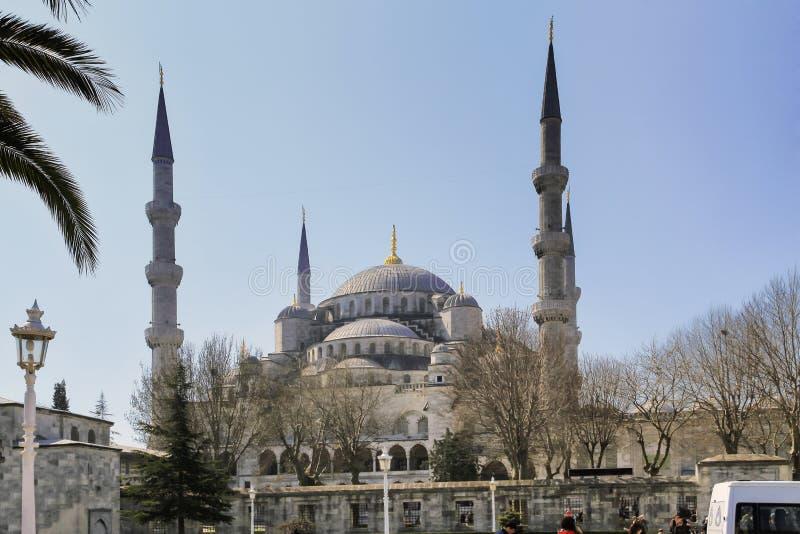 ISTANBOEL, TURKIJE - MAART 24, 2012: De Blauwe Moskee in ochtendlicht royalty-vrije stock afbeeldingen