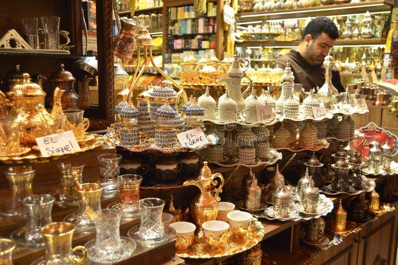 Istanbuł misir Indyczy carsisi, turecka kawa i herbaciani sety, zdjęcia royalty free
