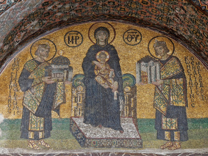 ISTANBUŁ TURCJA, STYCZEŃ, - 23: Mozaika maryja dziewica wśrodku Hagia Sophia na Styczniu 23, 2015 w Istanbuł, Turcja zdjęcia stock