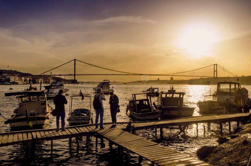 Istanbul Bosphorus solnedgångkust fotografering för bildbyråer