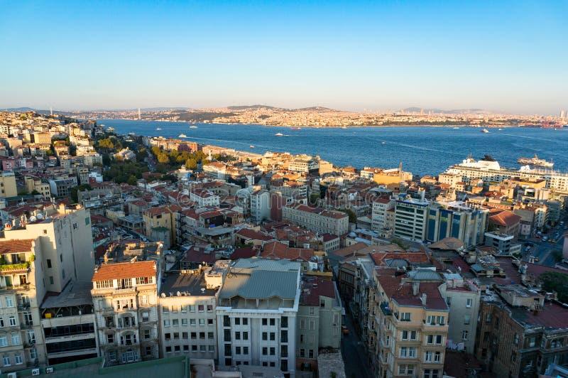 Istanbul Cityscape på skymning fotografering för bildbyråer