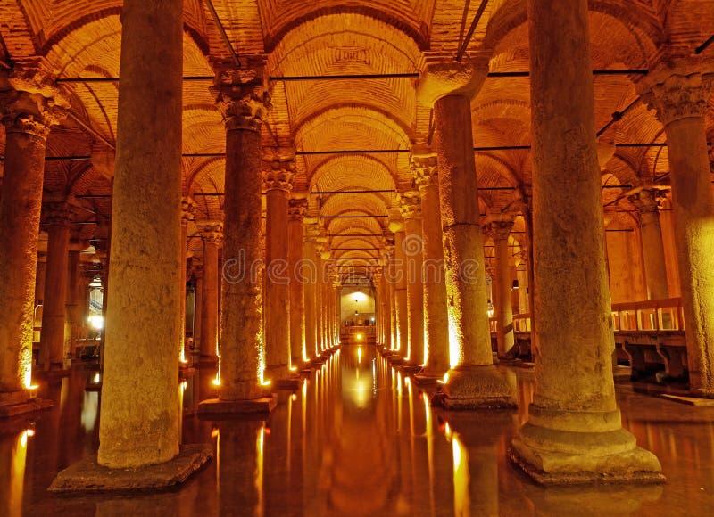 ISTANBUL, DIE TÜRKEI - 23. JANUAR: Basilika-Zisterne ( stockfotografie