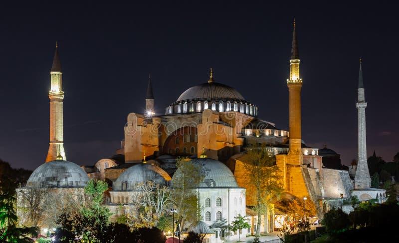 Istanbul, die Türkei 10-November-2018 Haya Sofia-Moschee belichtet nachts stockbild