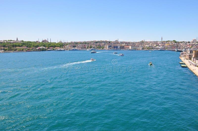 Istanbul flyg- sikt till staden royaltyfri fotografi
