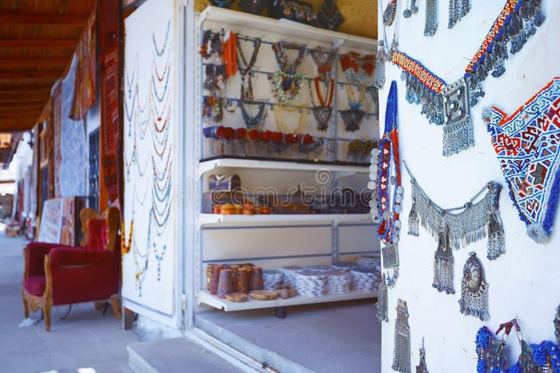 Istanbul-großartiger Basar - Schmucksachesystem lizenzfreie stockfotos
