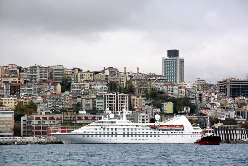 Istanbul-Hafen lizenzfreie stockfotos