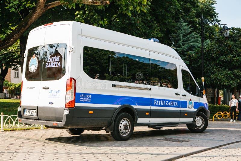 Istanbul, le 15 juillet 2017 : voiture de police dans la place de Sultanahmet à Istanbul Renforcement des mesures de sécurité pen photos stock