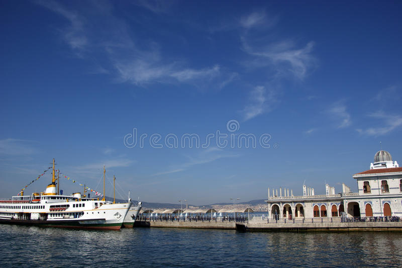 istanbul seaport arkivbilder