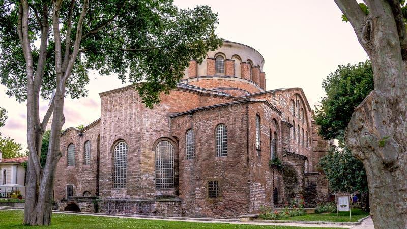 Istanbul Turkiet - Juni 23, 2015: Hagiaen Irene Orthodox Church Dessa gränsmärken är bevarade bysantinska tempel i Istanbul, Tu royaltyfri fotografi