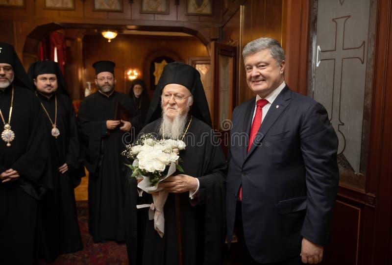 Istanbul Turkiet - November 03, 2018: Ekumenisk Patriarchate och hans All-helighet ekumeniska patriark Bartholomew under ett möte royaltyfri fotografi