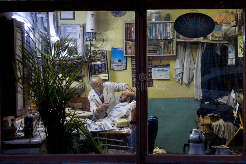 Salon De Coiffure à Istanbul, Turquie Photo éditorial ...