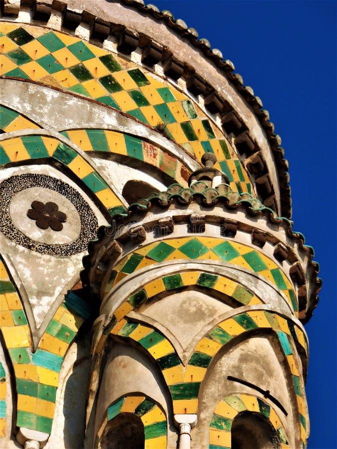 Istantanee della cattedrale della costa di Amalfi I immagine stock libera da diritti