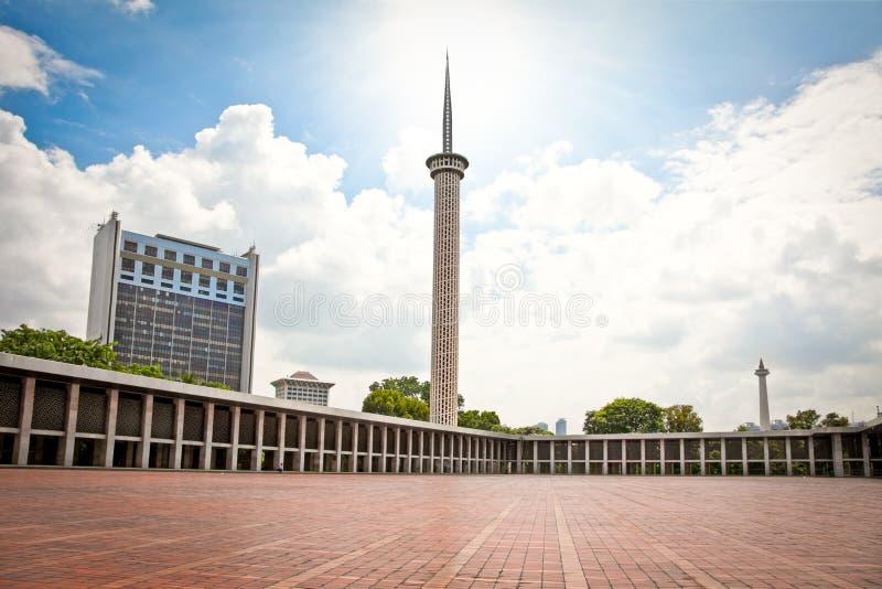 Istiqlal Mesjid moské i Jakarta. Indonesien. royaltyfri bild