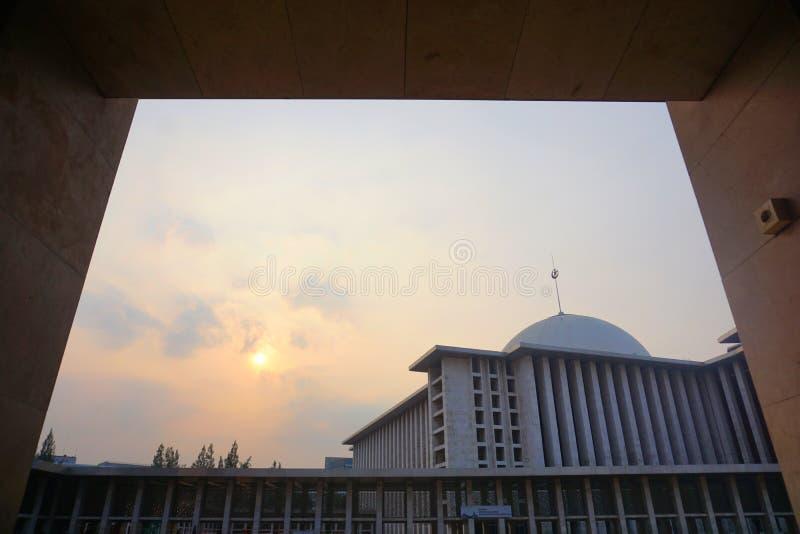 Istiqlal moské på Jakarta Indonesien royaltyfri fotografi