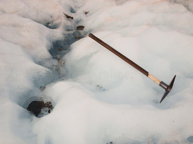 Isyxa på en glaciär royaltyfri foto