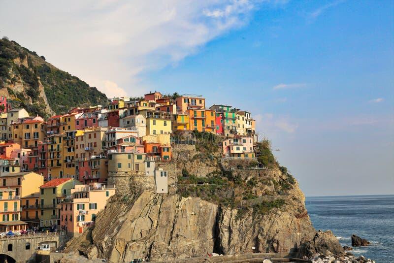 Itália, linha costeira cênico de Riomaggiore fotografia de stock royalty free